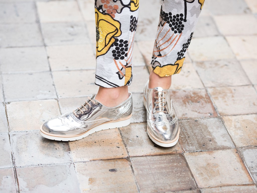 mayte-de-la-iglesia-street-style-pantalon-flores-52-(1)