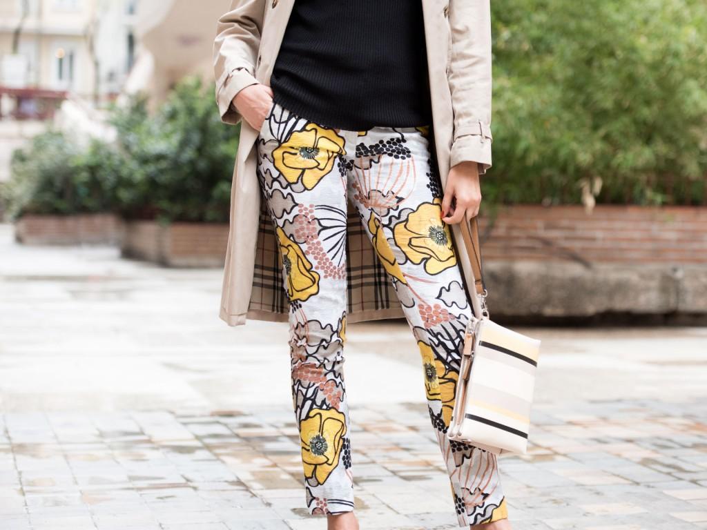 mayte-de-la-iglesia-street-style-pantalon-flores-70-(1)