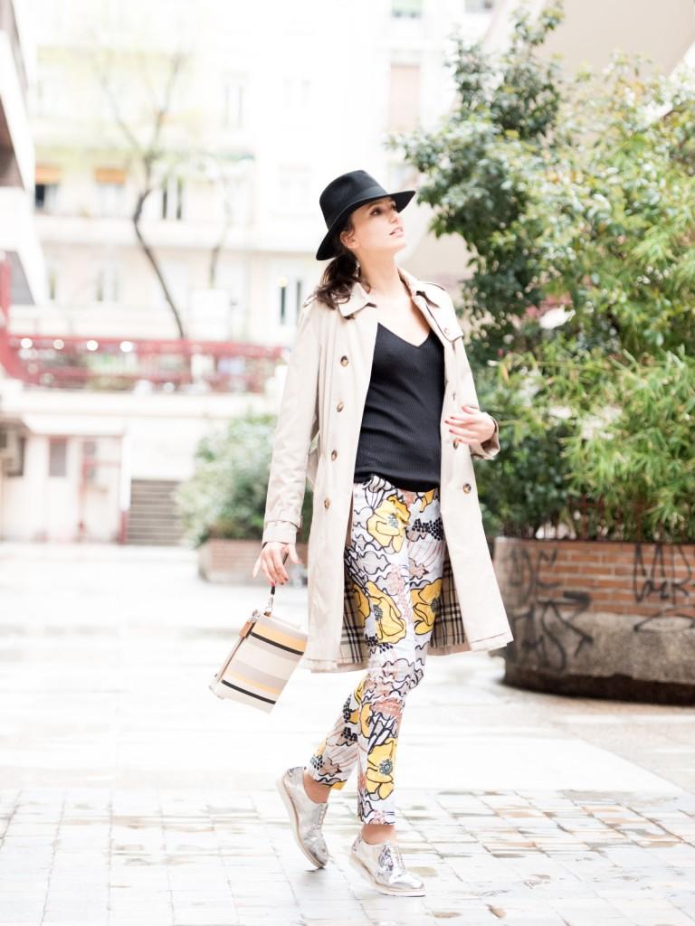 mayte-de-la-iglesia-street-style-pantalon-flores-76