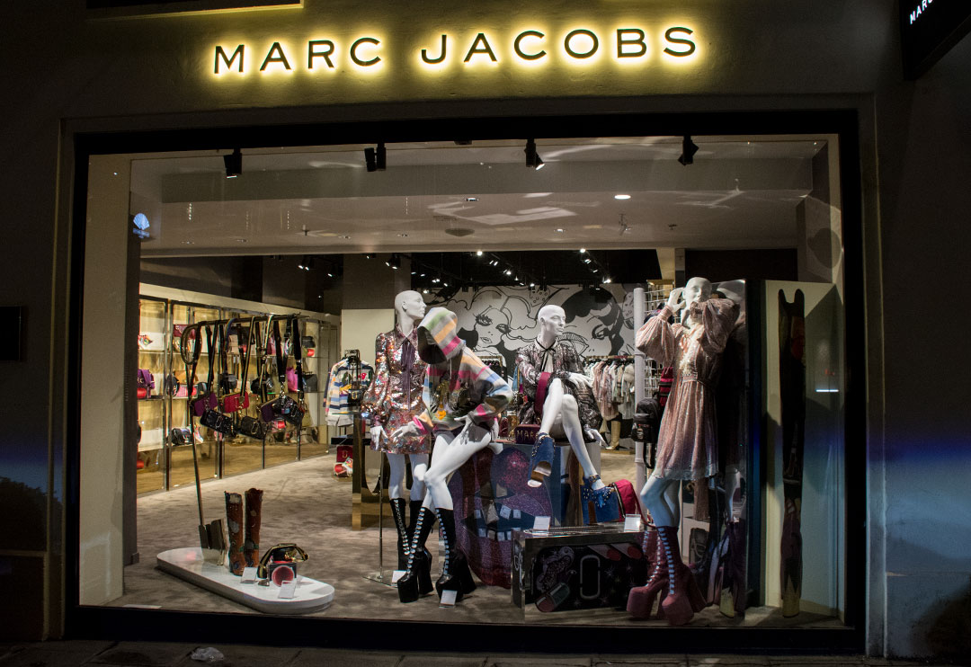 escaparates-paris-marc-jacobs-mitmeblog-01