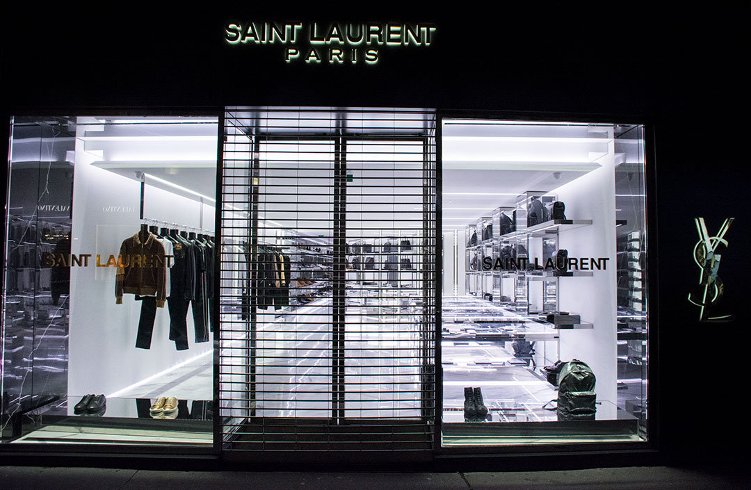 escaparates-paris-yves-saint-laurent-mitmeblog-01