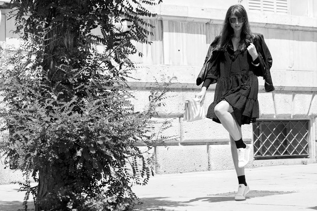 le-petite-robe-noir-mitmeblog-streetstyle-guerlain-bn-web-04