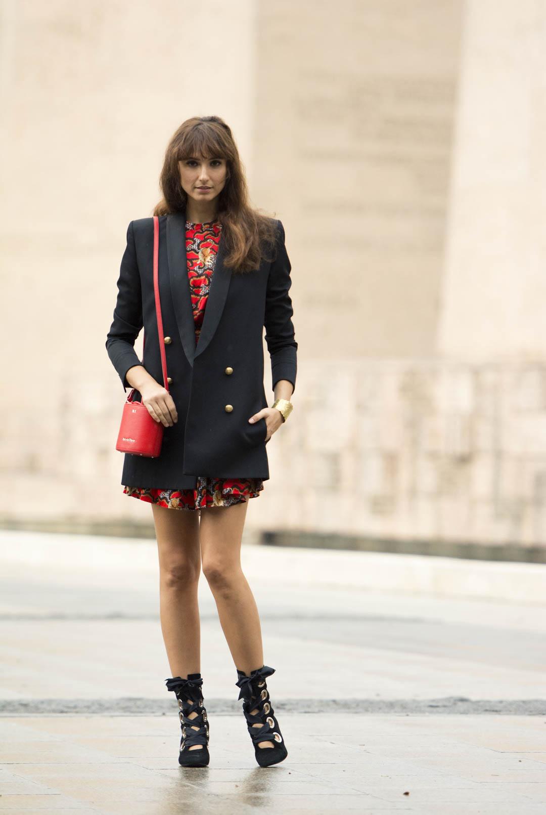 sandro-red-dress-mitmeblog-street-style-mayte-de-la-iglesia-web-02