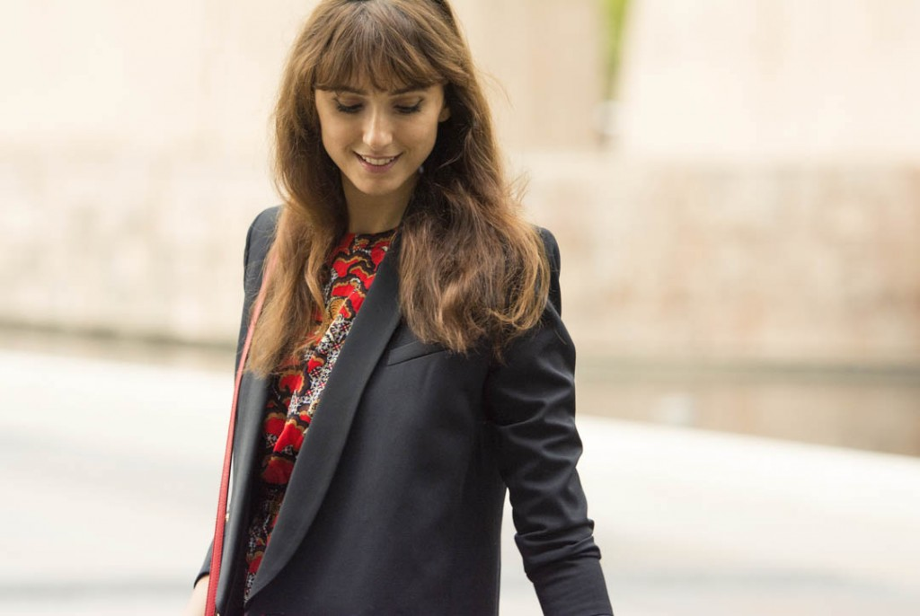 sandro-red-dress-mitmeblog-street-style-mayte-de-la-iglesia-web-10