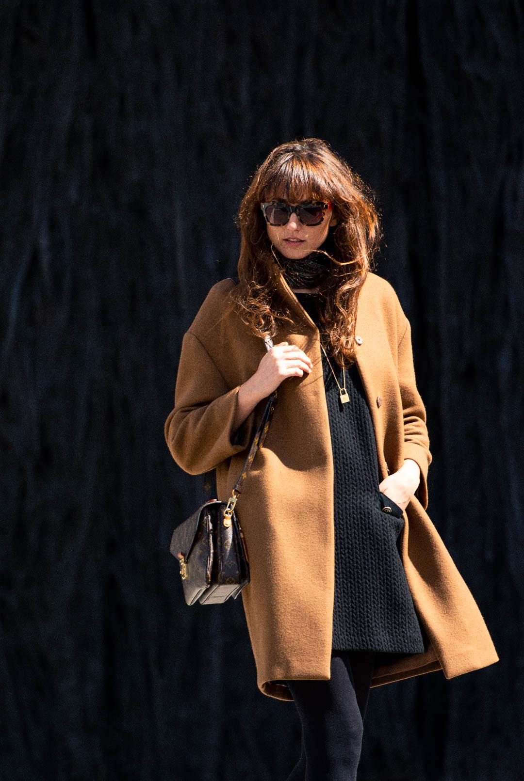mayte-de-la-iglesia-street-style-abrigo-camel-web-03