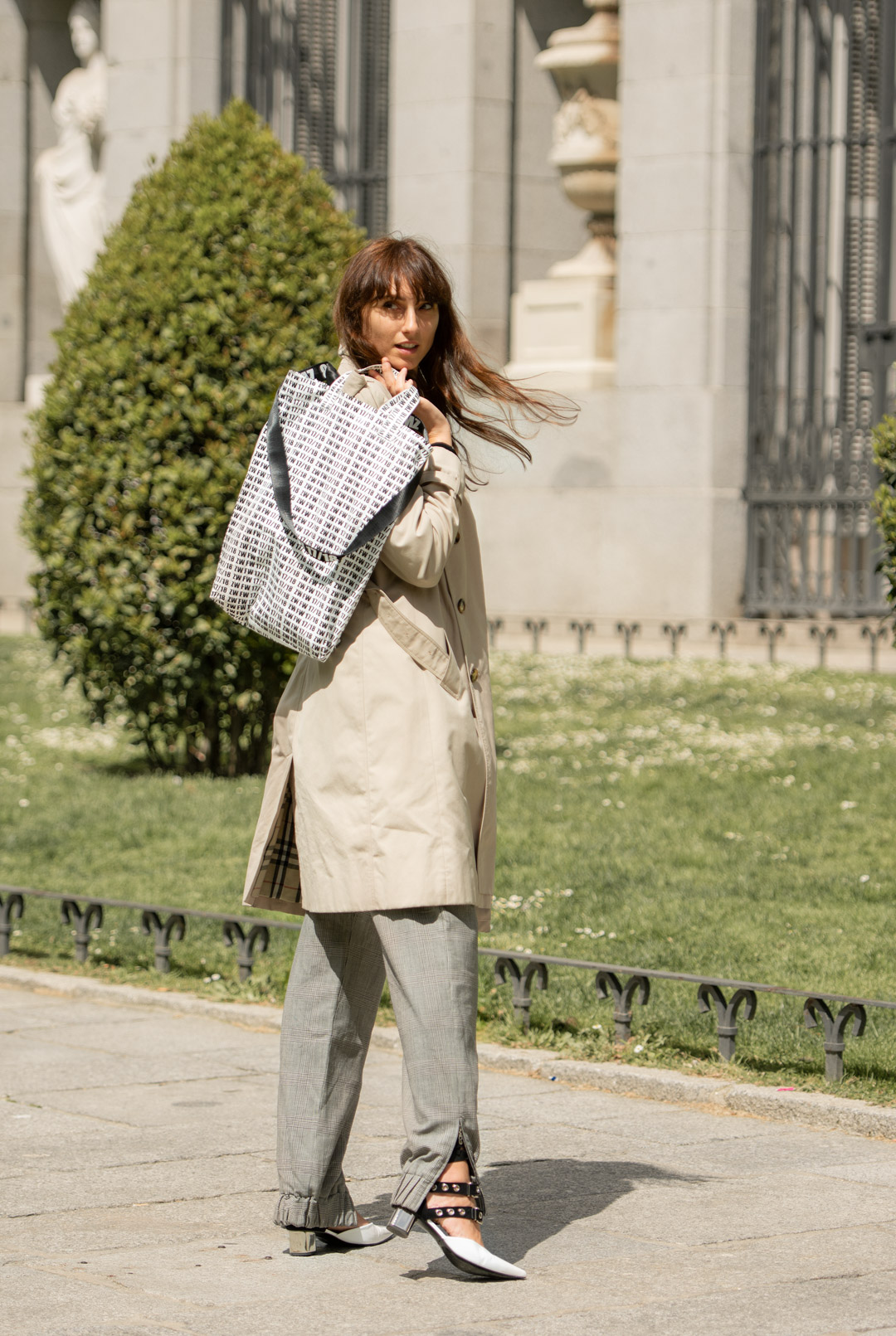 mayte-street-style-burberry-web-01